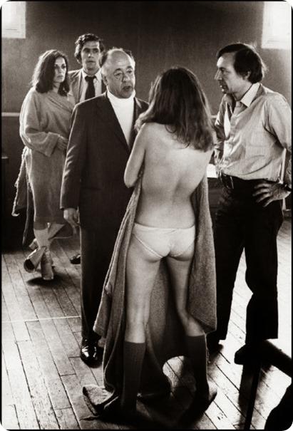 33. Paris, 1971. Eugene Ionesco durante un ensayo de Oh, Calcuta (1)